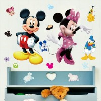 Disney Muursticker - Mickey en Minnie - 70 x 50 cm